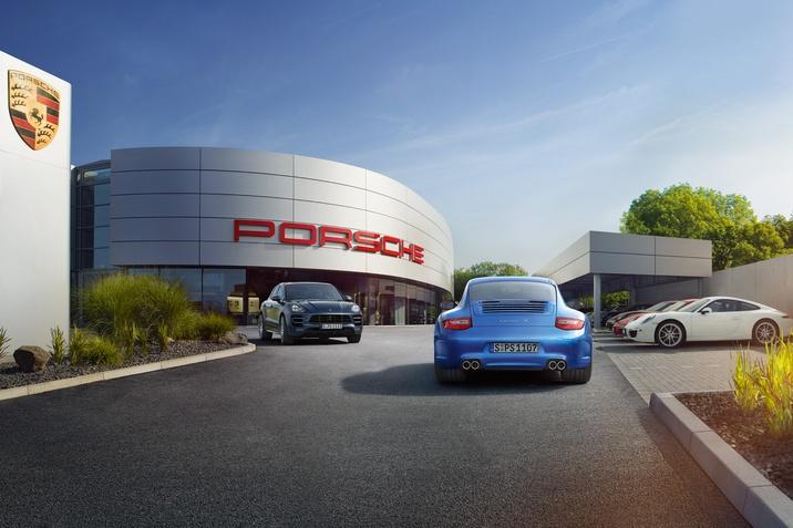 Porsche 4 plus akcija