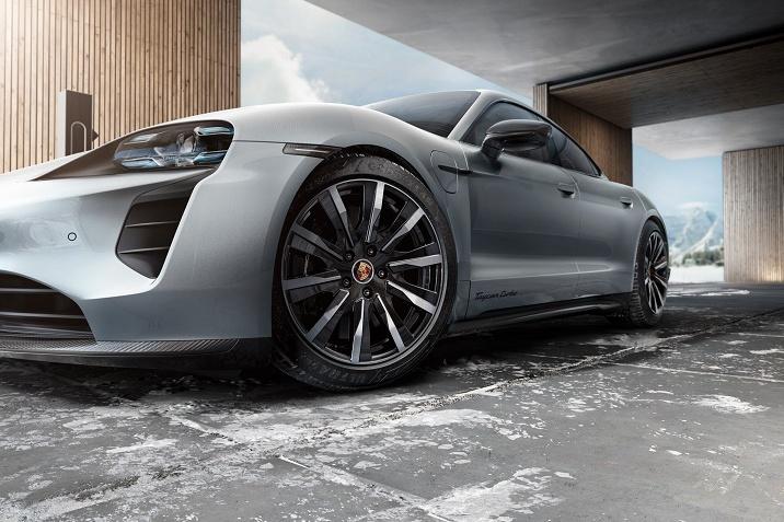 Porsche proizvod mjeseca